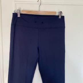 Som nye men mangler snoren i løbegangen  ;)  Perfekt til homewear, yoga og træning