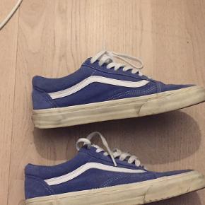 Meget brugt - Cond: 4/10 En god beater sko :) Sælges billigt bare byd