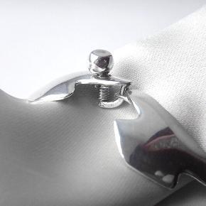 Vintage Retro Modernist sølv armbånd. Stempler : ©️Original Ulrich Sterling silver. Det måler 18,5 i længden. Armbåndet er fra perioden mellem 1950 - 1960.