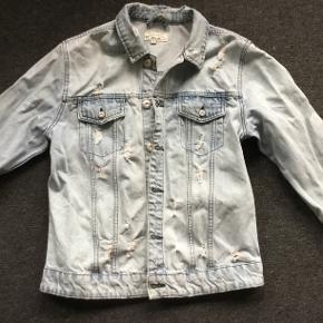 Fed Only & Sons cowboy jakke str. M. Passer 13-15 årig. Brugt til 2.dag, så i rigtig fin stand.