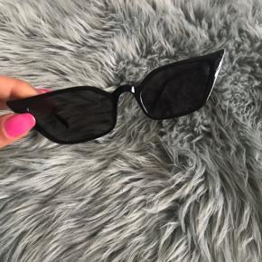Mega fede solbriller fra Zara, aldrig brugt ☺️ de her et cat eye look 💛