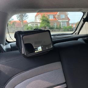 HR Auto-Comfort Babyspejl til bilen  Hold øje med guldklumpen i den bagudvendte autostol, når du kører alene