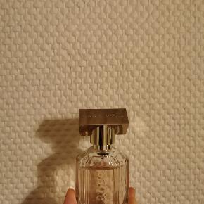 Hugo Boss scent 30 ml. Sælges da jeg  ikke for den brugt. :)