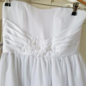 super flotte konfirmation kjoler.