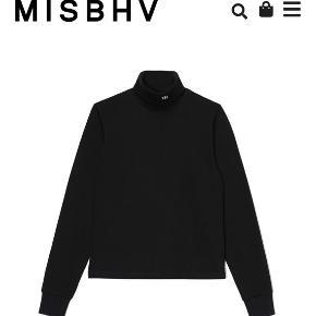 Blusen er brugt 2 gange, og sælges da jeg ikke får den brugt.