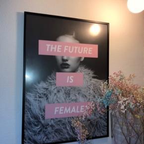 Sælges samlet  50 x 70 cm Plakat fra Desenio Ramme fra Søstrene Grene  AFHENTES KUN!