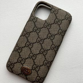 Gucci iphone