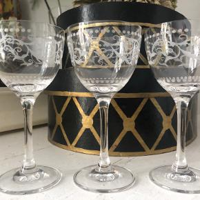 Ib Laursen glas