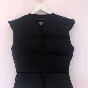 Prada vest