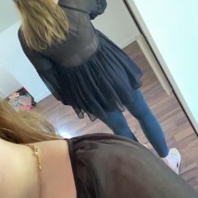 Boohoo bluse