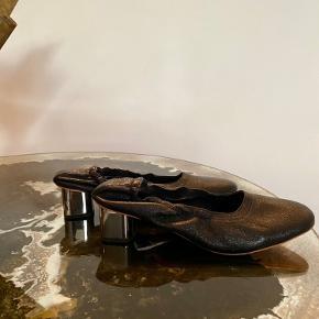 Robert Clergerie heels