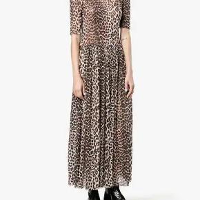 """Fineste Ganni """"olivet maxi leopard dress"""" sælges."""