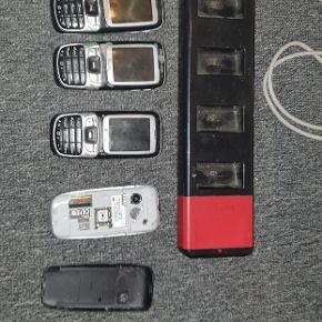 3 hele telefoner og en til reservedele og flådestation følger med :)