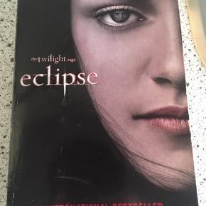Twilight  ellipse - In english. Paperback 😀