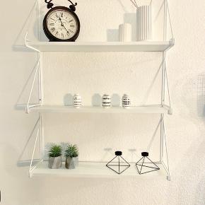 Udgået IKEA ekby hylde. B: 79 H: 119 L: 19  Fejler intet