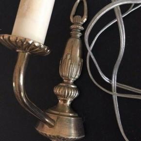 Væglampe   -fast pris -køb 4 annoncer og den billigste er gratis - kan afhentes på Mimersgade 111 - sender gerne hvis du betaler Porto - mødes ikke andre steder - bytter ikke