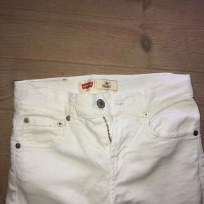Levis jeans hvide  Str. 10 år