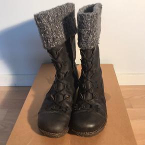 El Naturalista støvler