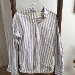 Logg skjorte