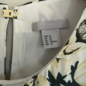 Fin kjole fra H&M