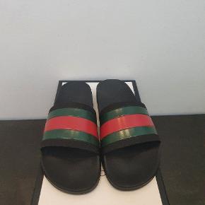 Gucci flip flops Cond 9,5/10 Lidt snavs på sålen det er det eneste  Kom med dit bedste bud  Tager også trades