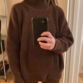 Moshi Moshi sweater