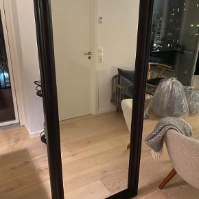Stort Spejl fra Ikea sælges for 300 kr.   Afhentes på Amager (nær Amager Strand)