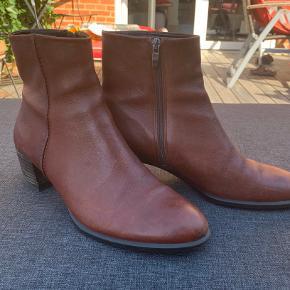 Meget behagelig klassisk støvle