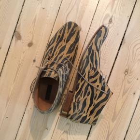 Leopard støvlet fra Sand  Brugt få gange.
