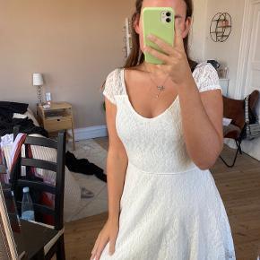 Hollister kjole