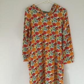 Smuk kjole Brugt 1 gang Æg-æg 51 💛🌸💚