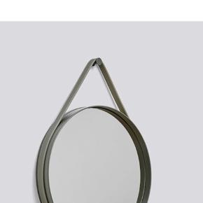 Hay spejl i koksgrå - mål 50 i diameter