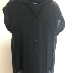Gennemsigtig skjorte str M