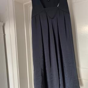 Banana Republic kjole