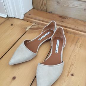 Fine sandaler fra & Other Stories Str. 37, aldrig brugt, flot stand Nypris: 550 Pris: 250 Kan afhentes i Odense C