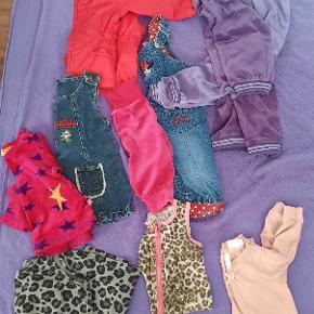 I did a google translate Jeg har et brugt bundt tøj fra 3 til 9 måneder. De er i god stand.  I have a used bundle of clothes from 3 to 9 months. They are in good condition.