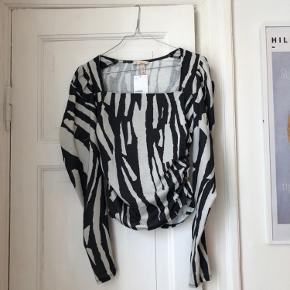Smuk zebra bluse.