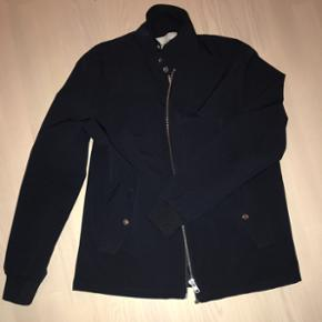 WAC (sommer)jakke - behagelig at have på, i flot blå farve med fede detaljer