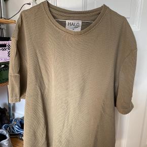 Newline Halo t-shirt