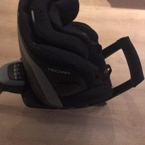Recardo Zero 1 - kan bruges fra nyfødt til 18 kg. Kan vendes så det nemmere at få baby ud.