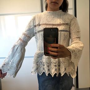 Mega smuk skjorte / bluse fra Boohoo Str: 34 Byd :)