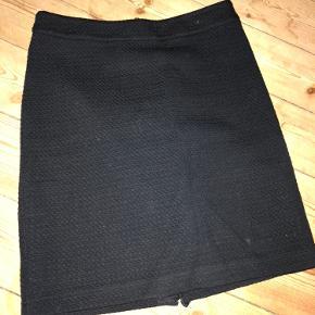 Super fin nederdele desværre for lille til mig