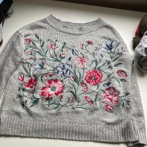 Springfield sweater