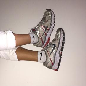 Populær Nike Sko  Str 41