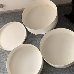 Hjørnebord/bord  Kan opdeles Med mindre opbevaringsplads