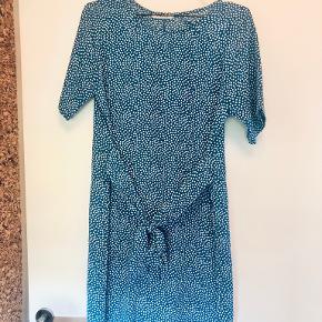 PIECES kjole