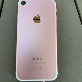 sælger en rigtig fin iphone 7 med 128 gb ingen ridser eller skader batteritilstand på 81% kan kun hentes:))