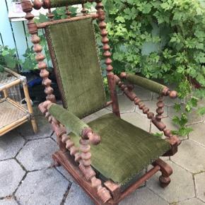 Rokke stol sælges billigt. Afhentes i Karlslunde. Stolen fejler intet og er i rigtig god stand. Ring eller skriv på 26826097 for yderlig info