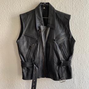 Retro vest