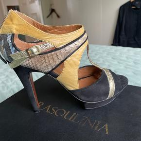 Rasoulinia Heels